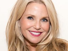 When a supermodel as gorgeous as Christie Brinkley shares her tips to looking fabulous at 61-years old, we all listen.  Click to read her recent interview on her beauty secrets, health tips, and reasons for looking great.