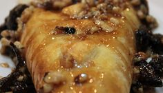 baked brie with fig and walnut glaze