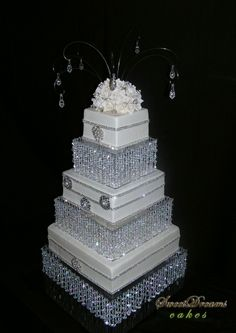 Bling wedding cake - Castom made stand.I want 1 for my wedding! Bling Wedding Cakes, Bling Cakes, Square Wedding Cakes, Wedding Cake Stands, Wedding Cake Designs, Fancy Cakes, Cake Wedding, Square Cakes, Wedding Card