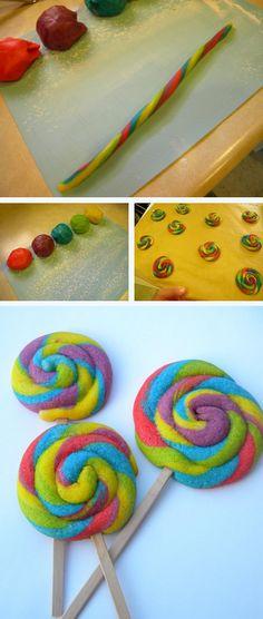 Lollipop Sugar Cookies! #diy #cookies #lollipops http://thecakebar.tumblr.com/post/41228707783/colorful-lollipop-cookies-tutorial