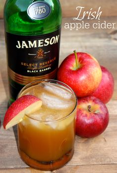 Irish Apple Cider - Jameson plus apple cider makes the perfect fall cocktail Ingredients 1 part Jameson Irish whiskey 1 part apple cider sprinkle of cinnamon apple slices to garnish Jameson Cocktails, Fall Cocktails, Fall Drinks, Party Drinks, Cocktail Drinks, Cocktail Recipes, Fireball Drinks, Bourbon Drinks, Alcoholic Beverages