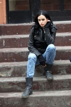 Pin for Later: Why Jessica Jones Has the Best Wardrobe on TV She'll Also Wear a Hoodie Underneath