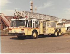 NEWARK FIRE DEPARTMENT E-ONE 110' REAR-MOUNT AERIAL ~ NEW JERSEY ~ L@@K