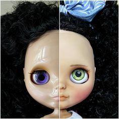 Before and after de mi querida Amy. Nunca había deseado tanto una chinita hasta que te tuve en mis manos! _____________________ #Sonydolls #blythedoll #custombysony #customblythe #customdoll #muñeca #doll #boneca #toys #sw #greeneyes #eyebrows #darkskin #blackskin #bigeyes #bna #ブライス #브라이스 #beforeandafter #blueeyes #barbie #christmas #belgium #babyface #blackhair #curlyhair #sculpture #collectibles #dollcollector #Amy