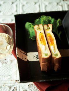 Recipe : 半熟たまごのホットサンド #レシピ #サンドイッチ