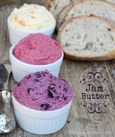 How to make jam butter. How perfect to just put these in mason jars for a homemade Mother's Day gift. 1 stick butter, whipped until fluffy 4 heaping tablespoons of your favorite jam Flavored Butter, Homemade Butter, Homemade Biscuits, Whipped Butter, Chutney, Antipasta, Salsa Dulce, Jam And Jelly, Food Gifts