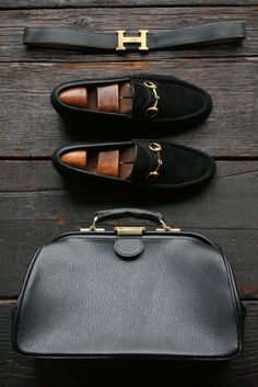Gents can get in on the black & gold trend too!