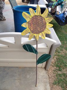 My folk art sunflower I finished today yep fixen to make some more!!