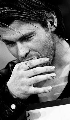 ": "" Chris Hemsworth """