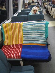 International Yarn Bombing Day – Recap 5. A guest post by Streetcolor from Berkeley, California.