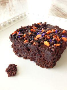 Skinny 3 Ingredient Pumpkin Spice Brownies
