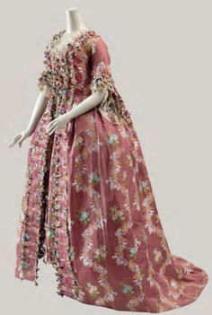 Robe à la Française, French, ca. 1765 Cora Ginsburg