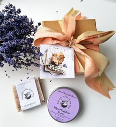 How to have a Greener, more Eco Friendly Christmas — Naturally at the Wrens Nest Christmas Chutney, Big Jar, Wrens, Lavender Soap, Old Fashioned Christmas, Thinking Outside The Box, Christmas Settings, Santa Gifts, Christmas Past