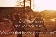 Vemale.com - Suka heran nggak sih, kenapa ya orang yang jatuh cinta seringkali lebih puitis dan romantis. Ini sebabnya.