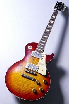 Gibson Sg Standard, Les Paul Standard, Gibson Les Paul Faded, 1959 Gibson Les Paul, Gibson Les Paul Studio, Les Paul Custom, Epiphone Les Paul, Inverness, Les Paul Black Beauty