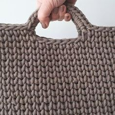 Haak by Daphne Easy Crochet Blanket, Crochet Tote, Knit Basket, Knitted Bags, Merino Wool Blanket, Straw Bag, Embroidery, Sewing, Knitting
