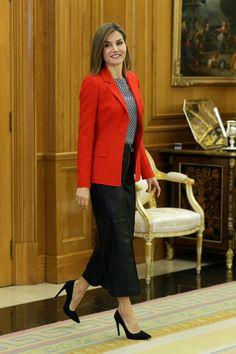 Los looks de Letizia como reina - ELLE.ES