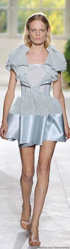 Balenciaga   S/S 2014 >>> So this makes me think of a short Cinderella dress!