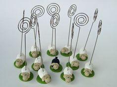Schaf - Personalisierte Tischkartenhalter maritim- Hochzeitsdeko - Hochzeitsideen - www.tortenfiguren.at Desserts, Tailgate Desserts, Deserts, Postres, Dessert, Plated Desserts