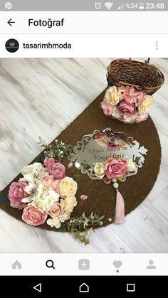 This Pin was discovered by Мар Trousseau Packing, Tyres Recycle, Door Trims, Dinning Table, Cat Art, Floral Tie, Diy And Crafts, Projects To Try, House Design