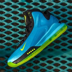 new arrival 5572c 9b053 Nike  Hyperflight Max - Gamma Blue  Volt-Black  jimmyjazz  trendingnow  Nike   IGSneakerCommunity  sneakers  kicks  gamma jimmyjazz.com
