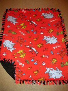 Dr. Seuss Icon w/ Black back Fleece Tie Blanket