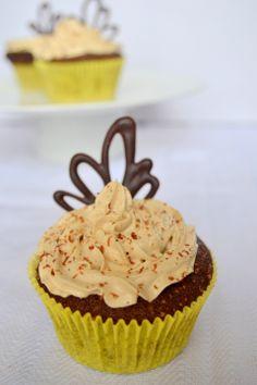 Mocha Cupcakes With Coffee Buttercream | The White Ramekins
