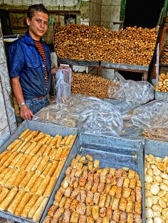 Cairo bakery - oh how I miss the fresh aysh (bread).......