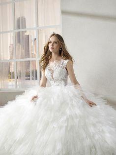 c43c047aae Vestidos de novia Miss Kelly 2019  belleza que jamás pasará desapercibida