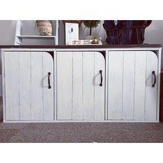 ニトリのドア付きカラーボックスがおしゃれ。リメイクで驚きの変化も♡ ナチュラルにニトリのドア付きカラーボックスをリメイク