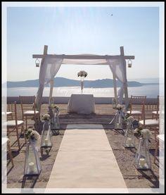 Divine Wedding ! White hydrangea ! Stunning view ! Santorini's rules !! By Betty Flowers Santorini