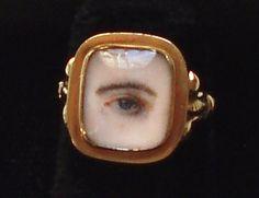 Miniature eye portrait ring - circa 1800.