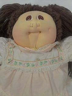 ... Cabbage Patch Girl Doll Little People Soft Sculpture Xavier Roberts Vintage 2