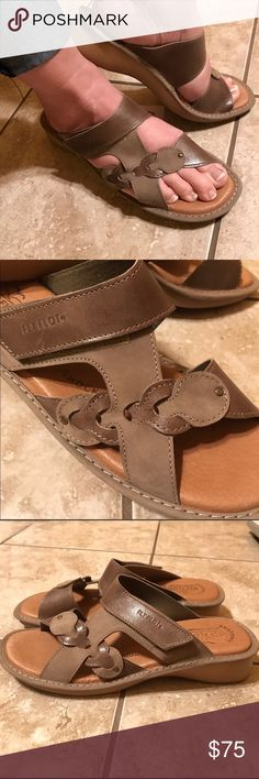 """Fly Flot Luxury Italian Leather Sandals Luxurious, anatomically made Italian leather mule sandal. The goal is achieved by Fly Flops exclusive SOLE, which provides feet the """"FOUR POINTS OF COMFORT"""": impact strength, anatomical structure, self-adjustment feature and non-slipping condition. SUPERB style and comfort all in one!! No trades. Reasonable offers welcome! 😊 Fly Flop Shoes"""