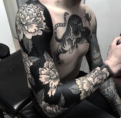 A comprehensive guide to negative space tattoos: styles, desings, upkeep and negative space tattoo artists. Arm Tattoos For Guys, Trendy Tattoos, Leg Tattoos, Body Art Tattoos, Sleeve Tattoos, Cool Tattoos, Black Sleeve Tattoo, Tatoos, White Flower Tattoos