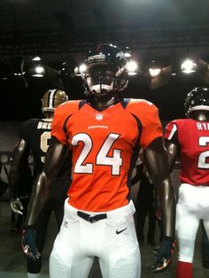 5e4274cc9 Manning s new threads  broncos Broncos Uniforms