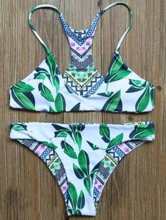 SHARE & Get it FREE | Leaf Print Reversible Bikini SetFor Fashion Lovers only:80,000+ Items • New Arrivals Daily Join Zaful: Get YOUR $50 NOW!