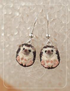 "VaniLlamaArt - handmade: Jasnooki wilczek, jeże i nowe ""zabawki"" ;) / Wolf pendant and hedgehogs earrings of polymer clay"