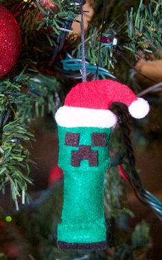 Items similar to Minecraft inspired Christmas Creeper Ornament on Etsy Christmas Arts And Crafts, Felt Christmas Ornaments, Kids Christmas, Handmade Christmas, Christmas Decorations, Minecraft Toys, Minecraft Crafts, Minecraft Stuff, Minecraft Christmas Tree