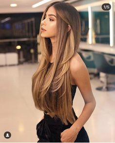 Pin by taylor on beauty in 2019 balayage hair, hair styles, dyed hair. Balayage Long Hair, Ombre Hair, Long Hair Highlights, Balayage Hairstyle, Gold Highlights, Brunette Hair, Blonde Hair, Pretty Hairstyles, Hairstyle Ideas