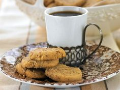 Browned butter-pecan shortbread (Bake the Book) from Serious Eats