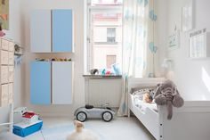 kids room//white- bl