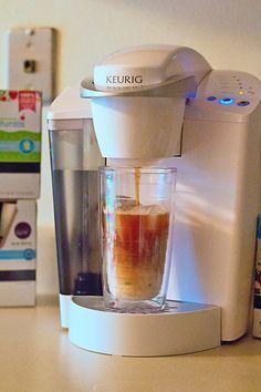 Homemade Iced Coffee, Best Iced Coffee, Iced Coffee At Home, Iced Coffee Drinks, Coffee K Cups, Starbucks Drinks, Hot Coffee, Coffee Shop, Iced Coffee Keurig