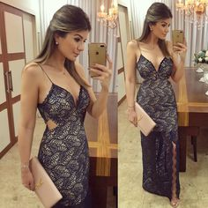 765.5 mil seguidores, 1,042 seguindo, 5,238 publicações - Veja as fotos e vídeos do Instagram de Blog Trend Alert (@arianecanovas) Sexy Outfits, Trendy Outfits, Casual Frocks, Dress Skirt, Bodycon Dress, Fiesta Outfit, Gown Pattern, Frock Design, Girls Dresses