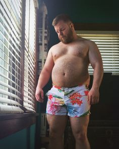 Fat and Chubby Men Chubby Men, Muscle Boy, Beefy Men, Big Men Fashion, Under Pants, Big Guys, Older Men, Hairy Men, Attractive Men