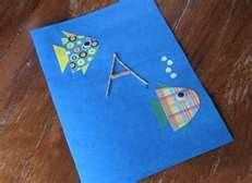 I found this Googling for toddler fathers day crafts.  Since School is out before Father's Day and since a lot of toddlers may not go to pre-school, here are some cute ideas for kid crafts for Father's Day.