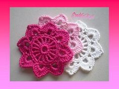 More pretty crochet flowers.