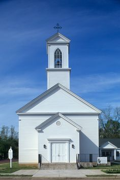 Catholic Churches, Old Churches, Jefferson Texas, Immaculate Conception Church, Old Country Churches, Texas History, Back Road, Chapelle, Old Barns