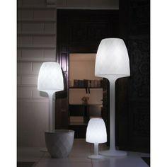 Lámpara de diseño Vases #Ambar #Muebles #Deco #Interiorismo #Jardin | http://www.ambar-muebles.com/lampara-de-dise-o-vases.html