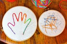Just get a bunch of cheap wooden hoops from Michaels, buy yards of cheesecloth or burlap and plastic needles. Painless, easy embroidery for the littles! Sewing Projects For Kids, Sewing For Kids, Craft Projects, Cute Crafts, Crafts For Kids, Arts And Crafts, Sewing Class, Creative Kids, Hand Embroidery